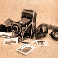 Source: https://pixabay.com/fr/vieux-appareil-photo-photographie-83751/